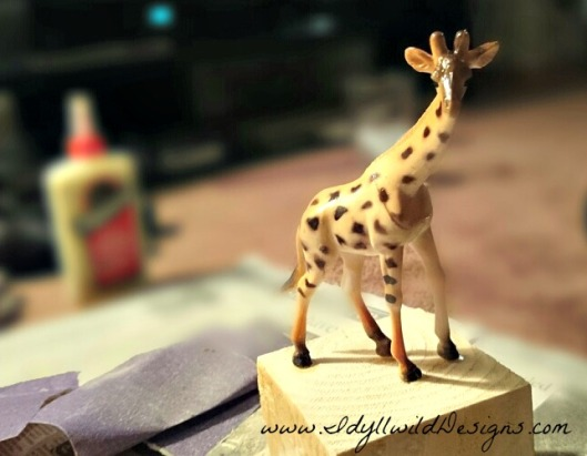 Giraffe on Wood Block